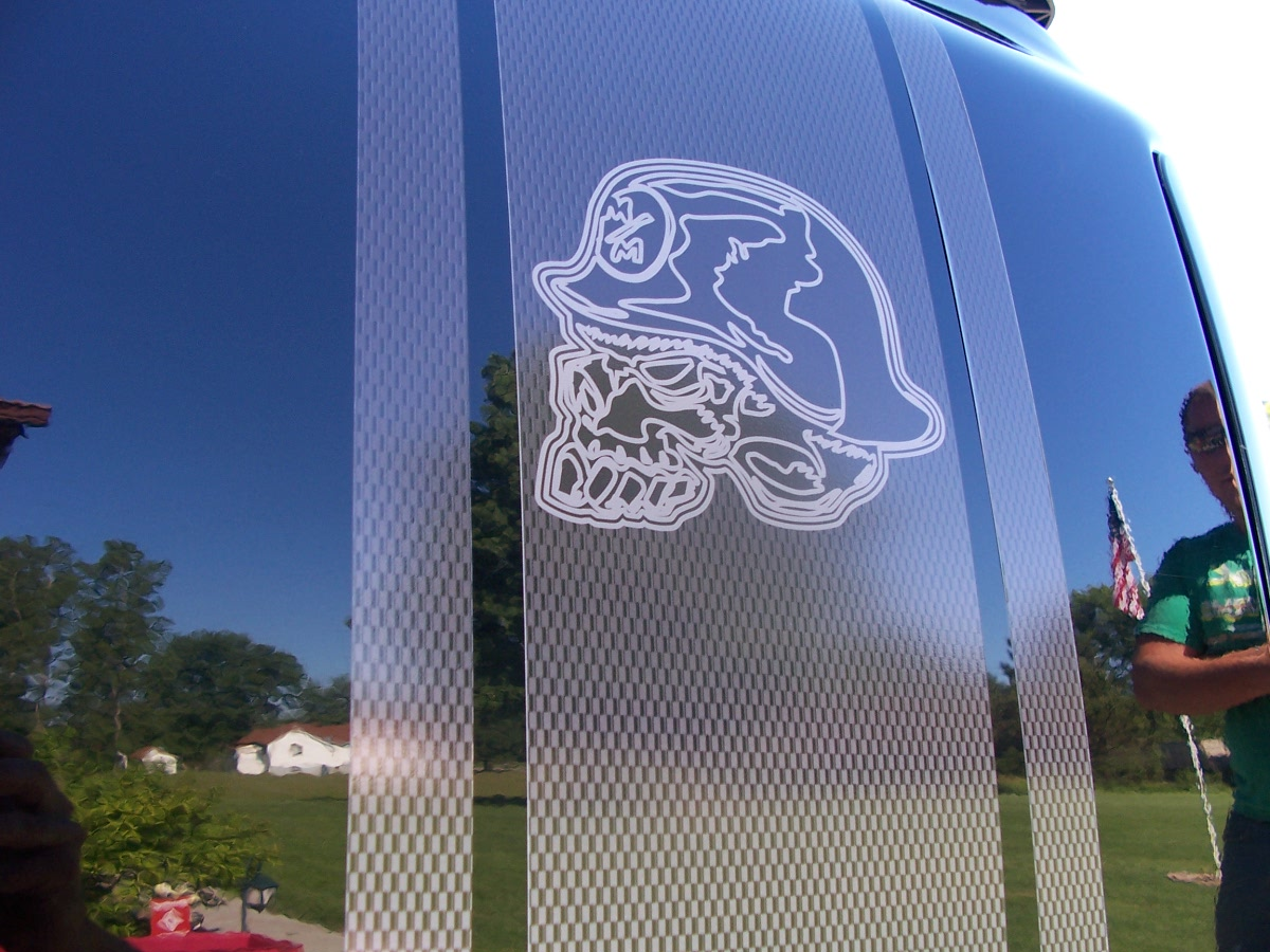 Car custom decals and graphics - Printed Carbon Fiber Metal Mulisha Skull Truck Bed Side Stripe Graphics Set Fit All Trucks