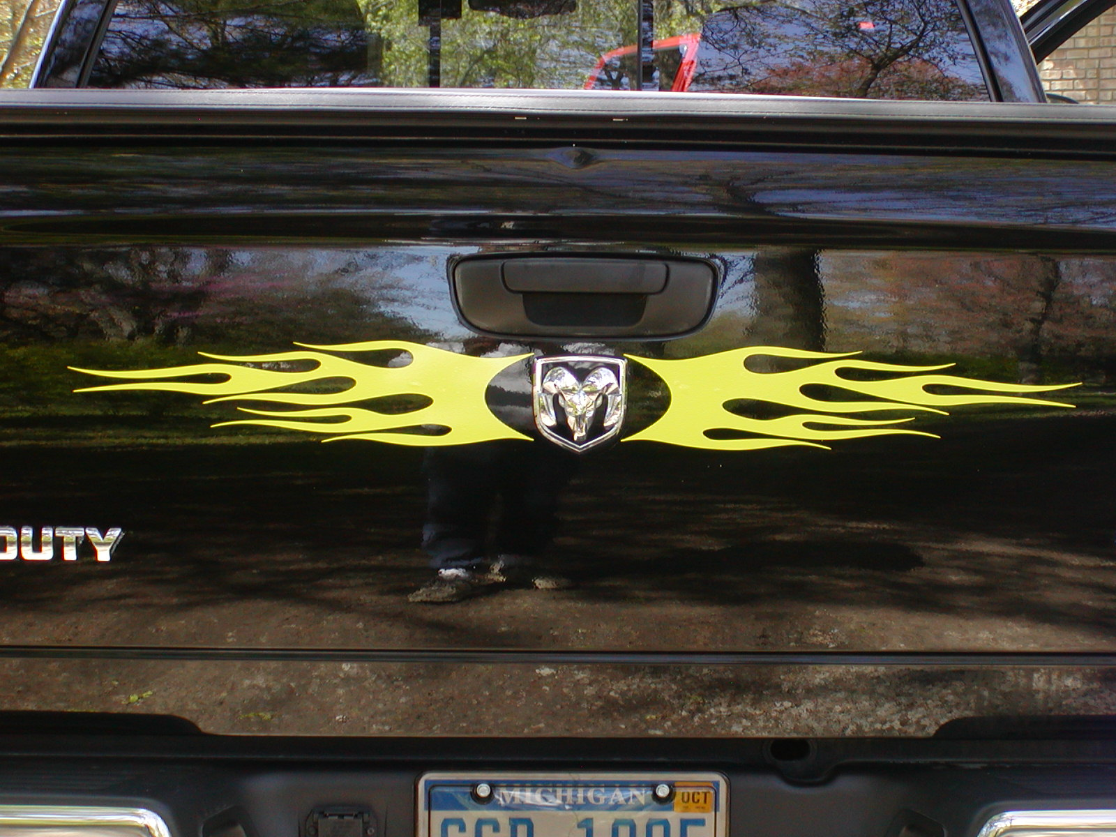 Ram head logo Flame Tailgate Graphic Decal